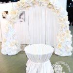 Свадебная арка молодожёнов
