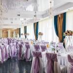 свадебное оформление стульев и скатертей